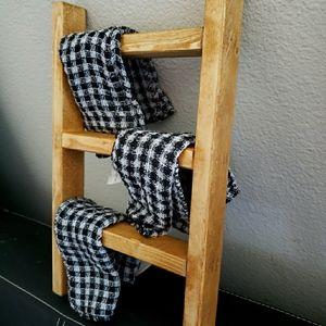 Mini ladders